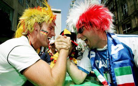 mondiale_2006_braccio_di_ferro_tifosi